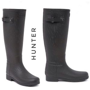NWT HUNTER Refined Coral Textured Waterproof Boot
